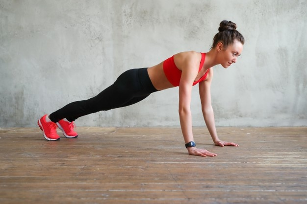 Planks to tone the abs